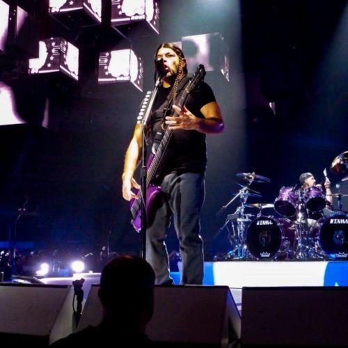 Metallica, Robert Trujillo - Metallica, concert  Lyon